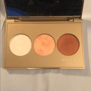 BECCA Makeup - BECCA x Jaclyn Hill Champagne Glow palette